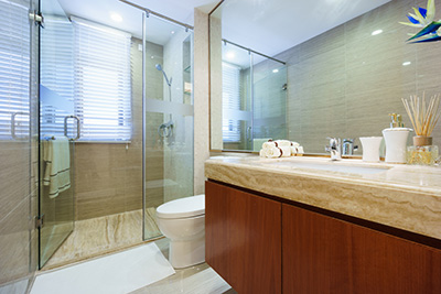 Making the Switch to Custom Glass Shower Doors | Victorville Home Furniture