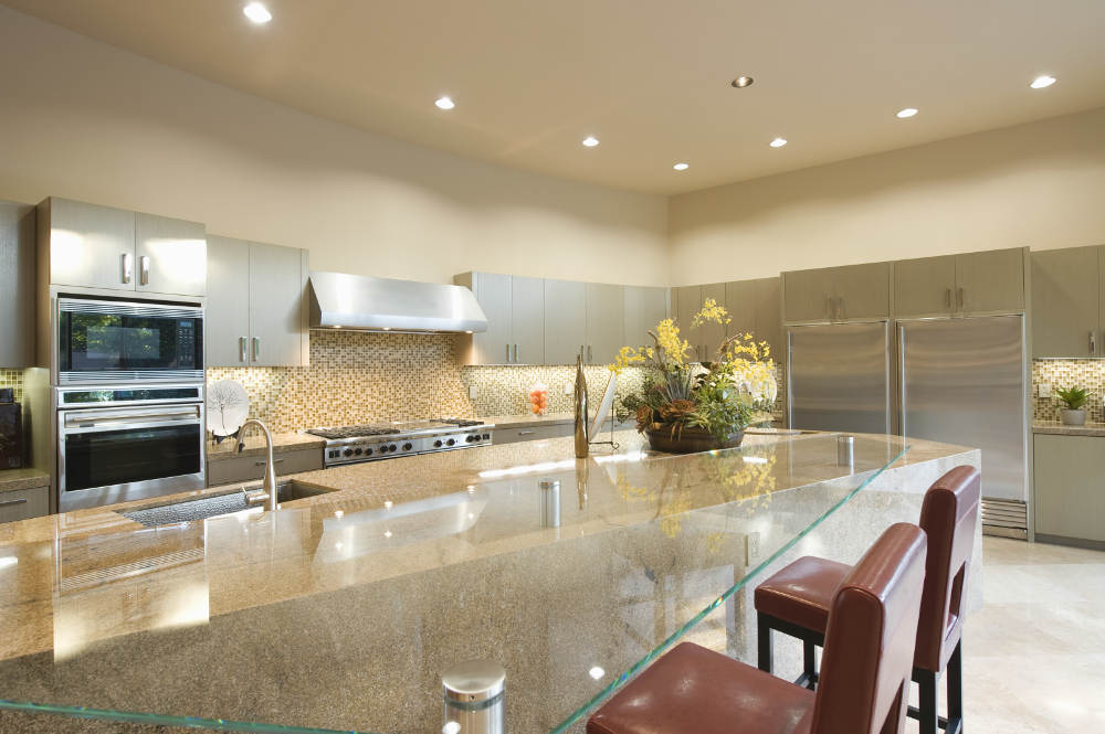 The Advantages of Glass Countertops in Kitchens | Vern's Glass in Victorville